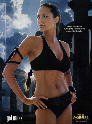 Angelina Jolie Como Lara Croft