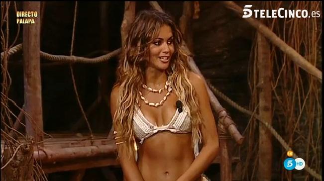 Lara Alvarez sus Bikinis