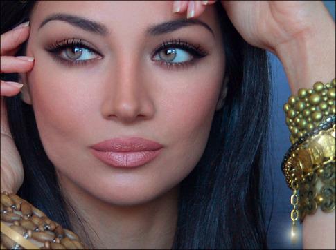 Claudia Lynx Modelo