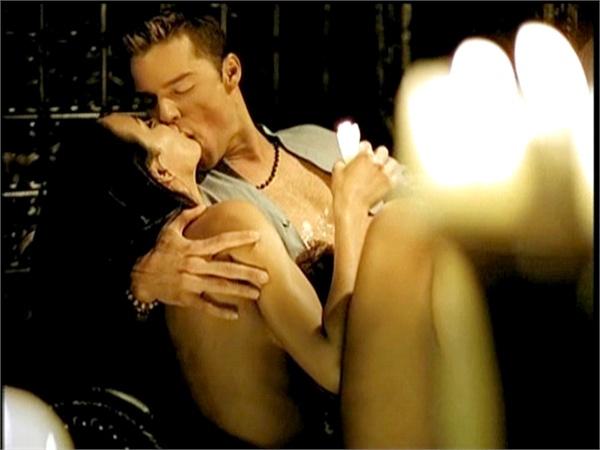 La Modelo del Videoclip de Ricky Martin