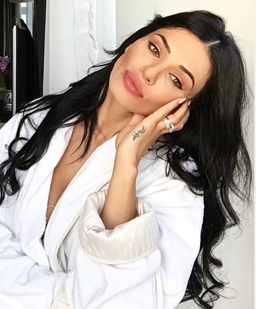 Andreea Sasu After