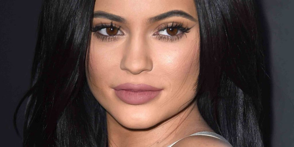 El Aumento de Labios de Kylie Jenner