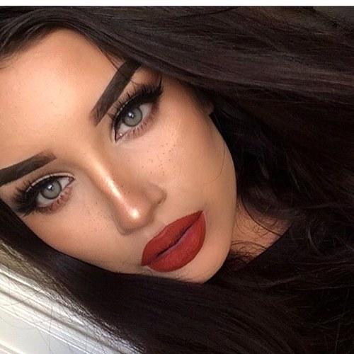 Perfeccionar la Piel Antes del Maquillaje