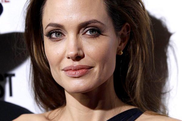 Angelina Jolie ha Envejecido