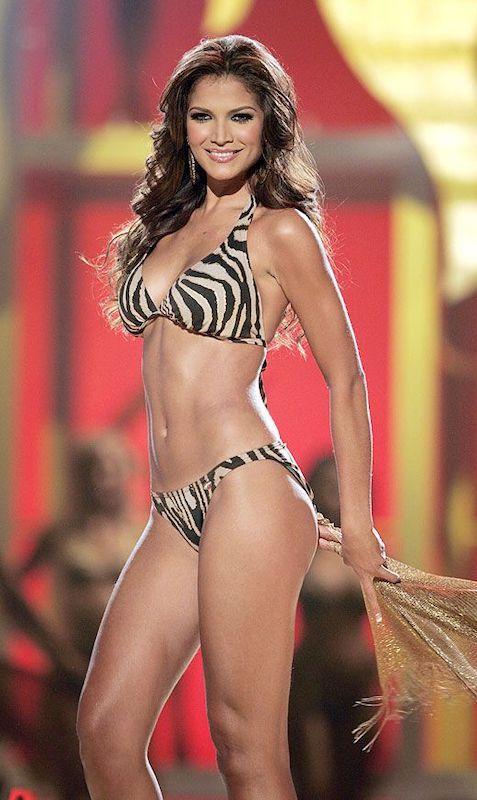 Ly Jonaitis Miss Venezuela