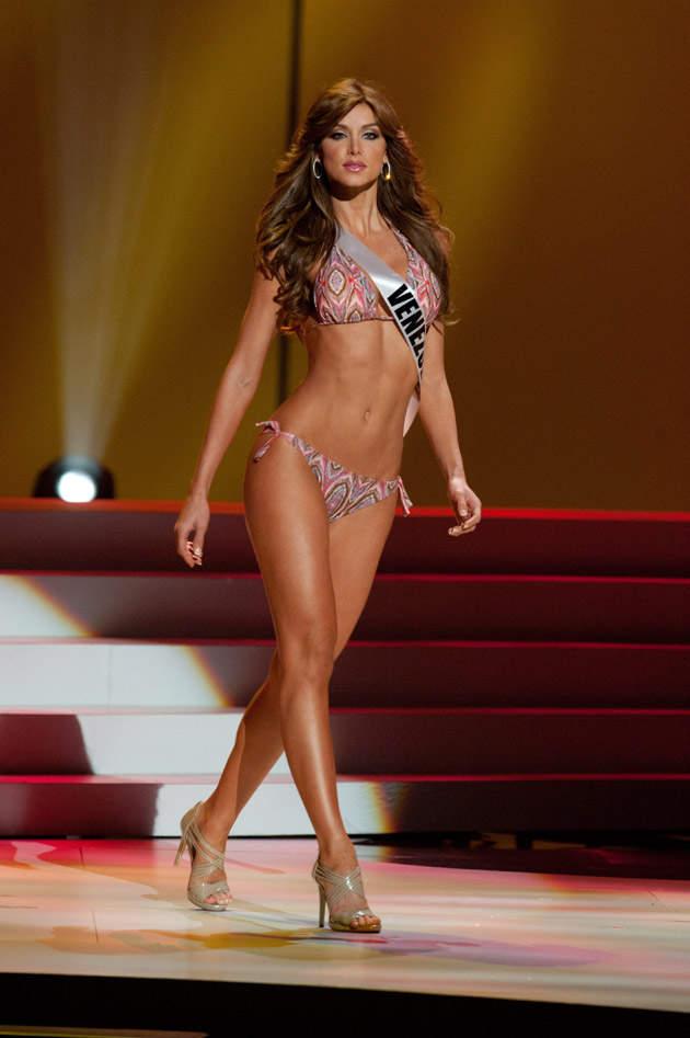 Vanessa Goncalves Miss Universo Traje de Baño